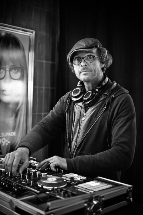 Alexander från Premium DJs.
